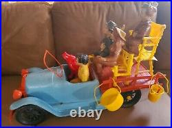 1963 BEVERLY HILLBILLIES Orig. IDEAL TOYS 22 Inch Long TRUCK With (5) FIGURES