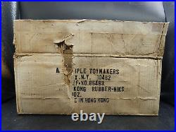 1967 vintage KING KONG Multiple Toymakers Rubb'r Nik rubber toy figure MOC +case
