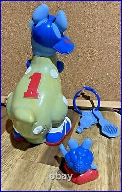 Big Vintage Keypers Baseball Kangaroo Toy Figure Complete! Brush Finder Key Hat