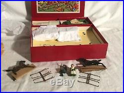 Britain's Prairie Schooner Wild West Toy Set Lead Cowboy Figures