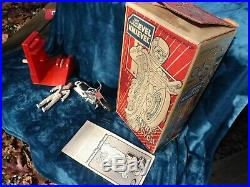 COMPLETE 1st. EDITION EVEL KNIEVEL STUNT CYCLE, ENERGIZER and FIGURE IN ORIG BOX