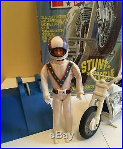 Evel Knievel 2nd Edition Stunt Cycle Ideal 1973 Action Figure Ram's Horn Helmet