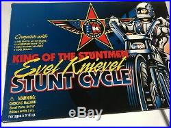 Evel Knievel Stunt Cycle 1998 Playing Mantis Energizer and Red Figure NIB