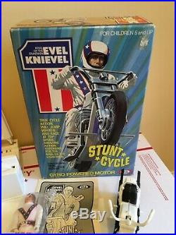 Evel Knievel Stunt Cycle Ideal 1975 Mint In Box Unused with Action Figure