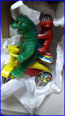 M1 Tricycle Godzilla Limited Edition with Minila Vintage Figure Toy Japan81