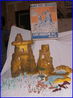 MARX One Million BC minty green gray DINOSAURS Cavemen mountain figures IN BOX