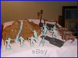 MARX Orig. Partial Gunsmoke figures, Acc's. Lot