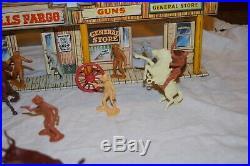 Marx Gunsmoke / Wells Fargo Western town front w / figures, accessories