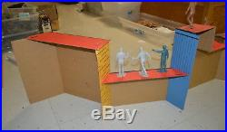 Marx Man from UNCLE Display with Figures Napoleon Solo and Illya Kuryakin