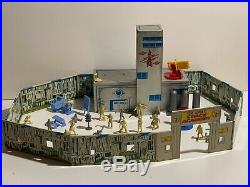 Marx Vintage Official Tom Corbett Space Academy Playset Figures Box
