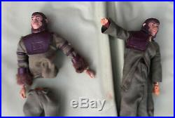 Planet Of The Apes Village Toy Playset vintage 1967 Apjac Mego action figures