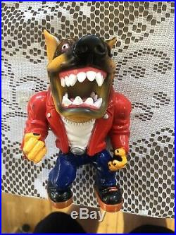 RARE VINTAGE 1996 Street SHARKS Wise Designs Muscle Mutts Figure TOY DOG Gutter