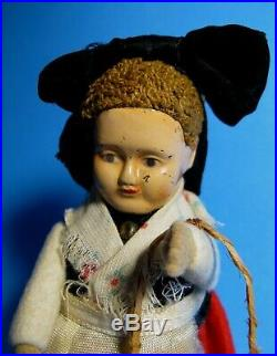 Rare 1933 Schuco 979/8 Black Forest Girl withBasket Wind-Up Toy Figure/Tanz-Figur