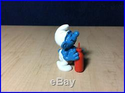 Smurfs Thirsty Smurf Red Bottle Straw 20057 Vintage Figure PVC Toy Figurine Peyo