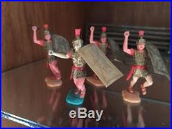 TIMPO BRITAINS SWOPPET VINTAGE 1970s MARX ERA ROMAN KNIGHTS PLASTIC TOY SOLDIERS