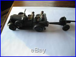 Tippco German Staff Car & Gun Tin Wind Up Toy Car With Figures Lineol Hausser
