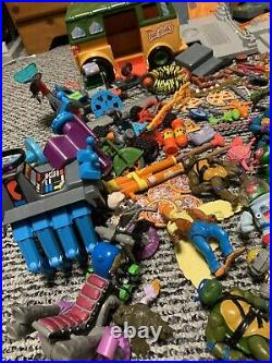 VTG Tmnt Lot Party Wagon SEWER LAIR Figures weapon Accessories Vehicles 90s Toy