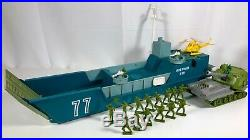 Vintage 1960s Ideal Anzio Invader Plastic Toy Play Set & Soldier Figures MIB