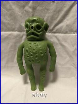Vintage 1981 OOZE-IT Green Alien Monster Figure