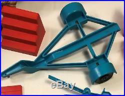 Vintage Evel Knievel Scramble Van Box Trailer Jack Accessories Figure 1973 Chair