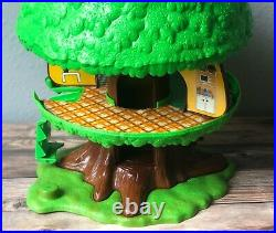 Vintage Kenner Tree Tots Family Tree House Dog House People Figures Car 1975