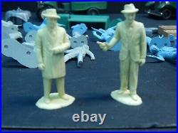 Vintage Marx The Untouchables Play Set w Al Capone & Elliot Ness 18 Figures Cars
