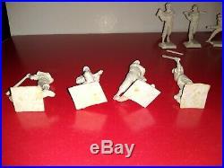 Vintage Marx lot of 14-60 mm Square Based baseball Figure Tastee-Freez Mantal