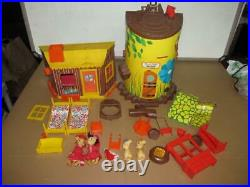 Vintage Remco Elly & Andy Mouse Treehouse and House with Figures and Accessories