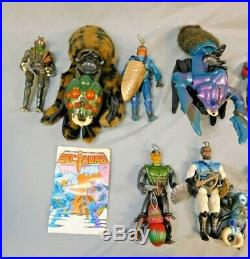 Vintage Sectaurs Action Figure Toy Lot All 9 Figures Plus Flyers 1984 Coleco